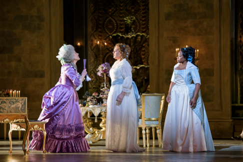 ©BC20150117_AndreaChenier_RO_27 ROSALIND PLOWRIGHT AS CONTESSA DI COIGNY, EVA-MARIA WESTBROEK AS MADDALENA DI COIGNY, DENYCE GRAVES AS BERSI (C) ROH. PHOTOGRAPHER BILL COOPER.png