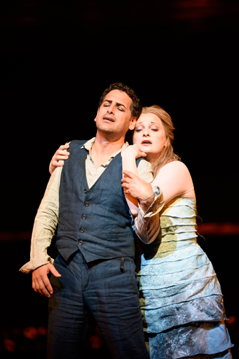Juan Diego Flórez as Orphée and Lucy Crowe as Eurydice [Photo © ROH. Photographer Bill Cooper]