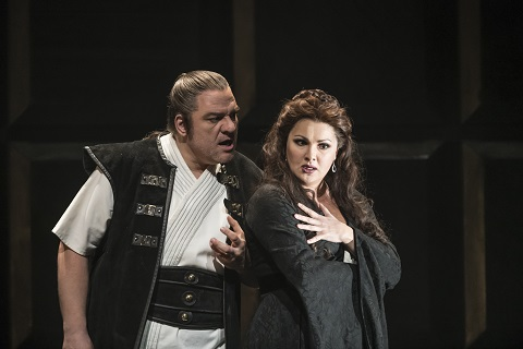 Željko Lučić as Macbeth and Anna Netrebko as Lady Macbeth.jpg