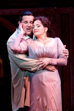Frank Porretta as Cavaradossi and Patricia Racette as Tosca [Photo by Scott Suchman courtesy of Washington National Opera]