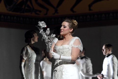 1063 SOPHIE BEVAN AS SOPHIE VON FANINAL c ROH. PHOTO CATHERINE ASHMORE.jpg