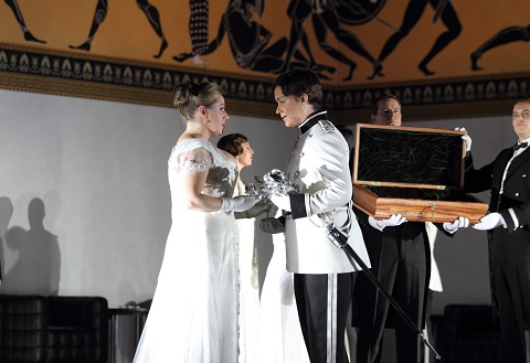 1096 SOPHIE BEVAN AS SOPHIE VON FANINAL, ALICE COOTE AS OCTAVIAN c ROH. PHOTO CATHERINE ASHMORE.jpg