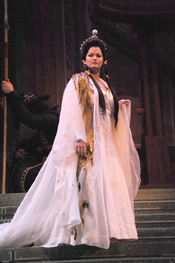 Carter Scott as Turandot (Photo by Ellen Appel courtesy of Fort Worth Opera)