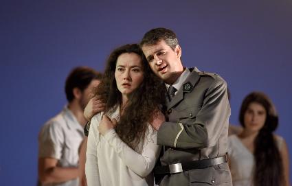Scene from Theodora [Photo courtesy of Théâtre des Champs-Élysées]