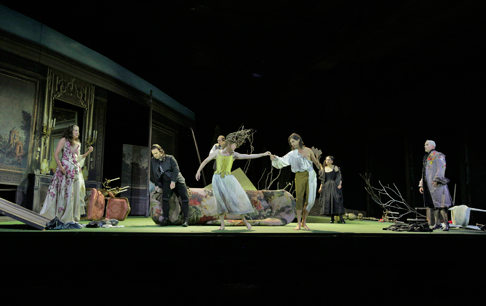 24-Ensemble-in-in-'La-Finta-Giardiniera.'-Photo-©-Ken-Howard-for-Santa-Fe-Opera,-2015.png