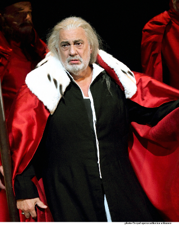 Plácido Domingo as Francesco Foscari [Photo (C) Roh. Photographer Catherine Ashmore]