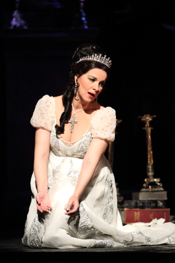 Angela Gheorghiu as Tosca [Photo © ROH. Catherine Ashmore, photographer.]