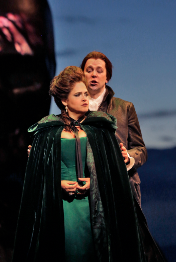 Keri Alkema (Donna Elvira) and Daniel Okulitch (Don Giovanni) [Photo © Ken Howard]