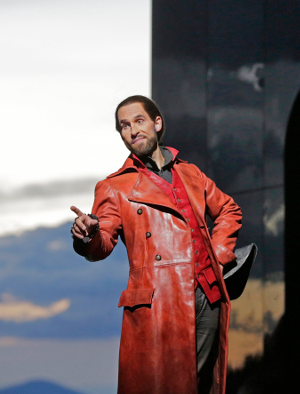 9 Kyle Ketelsen (Leporello) in 'Don Giovanni' (c) Ken Howard for Santa Fe Opera, 2016 (2).png