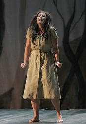 Rhoslyn Jones as Susannah