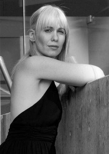 Alexandra Deshorties