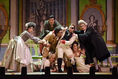 Arizona-Opera_The-Barber-of-Seville_Tim-Trumble_12.png