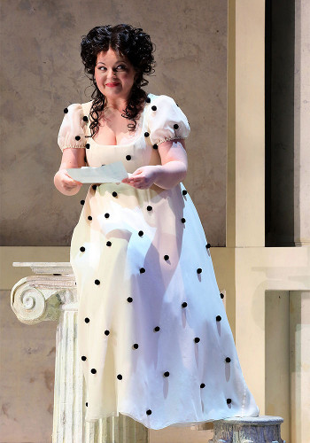 Elizabeth DeShong as Rosina [Photo by Craig T Matthew]