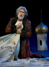 Samuel Ramey (Boris Godunov) [Photo by Terrence McCarthy courtesy of San Francisco Opera]