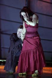 Alice Coote (Carmen) and Julian Gavin (Don José) [Copyright English National Opera and Tristram Kenton]