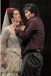 Katharine Goeldner as Carmen and Yonghoon Lee as Don José [Photo by Dan Rest courtesy of Lyric Opera of Chicago]