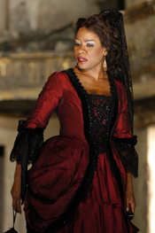 Denyce Graves as Carmen. [Photo by P. Switzer]