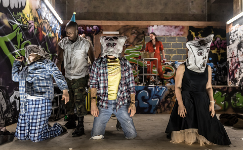 Cast Oreste © Clive Barda.png