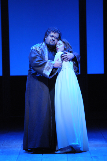 Johan Botha as Otello and Ana Maria Martinez as Desdemona [Photo by Dan Rest/Lyric Opera of Chicago]