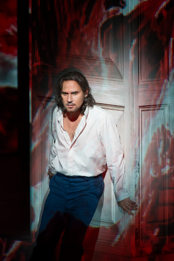 Mariusz Kwiecień as Don Giovanni [Photo © ROH / Bill Cooper]