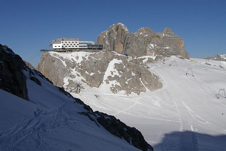 The Hõher Dachstein, in the Austrian Alps [Source: Wiki Commons]