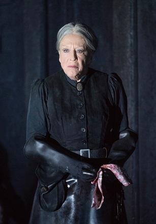 Dame Josephine Barstow.jpg