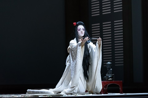 ERMONELA JAHO AS CIO-CIO-SAN final act(C) ROH. PHOTO BILL COOPER.jpg