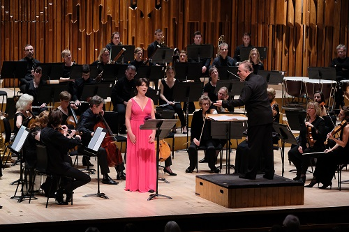 Elisabeth Kulman, Sir Mark Elder and the Britten Sinfonia at the Barbican Hall