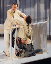 Scene from Le nozze di Figaro (Photo by Antoni Bofill courtesy of Gran Teatre del Liceu)