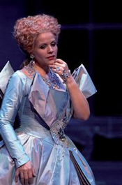 Renée Fleming as the Countess (Photo: Wiener Staatsoper)
