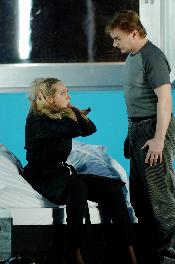 Christine Opolais (Polina) and Misha Didyk (Alexej)