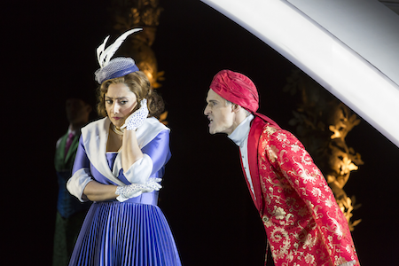 Ezgi Kutlu as Isabella and Quirijn de Lang as Mustafà [Photo by Johan Persson]