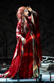 Isabel Bayrakdarian as Mélisande (Photo: Michael Cooper)