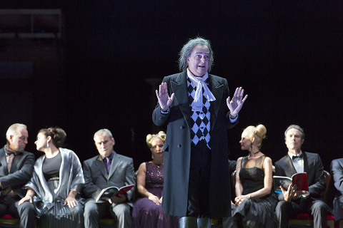 JOHANNES MARTIN KRÄNZLE AS DON ALFONSO © ROH. PHOTO STEPHEN CUMMISKEY.png