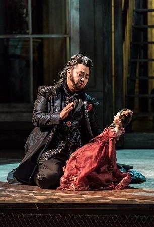 Joo Won Kang in Maria de Rudenz by Donizetti Clive Barda.jpg