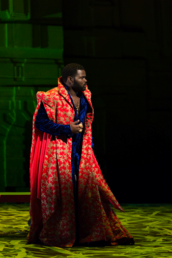 John Holiday in the title role of The Glimmerglass Festival's 2017 production of Handel's