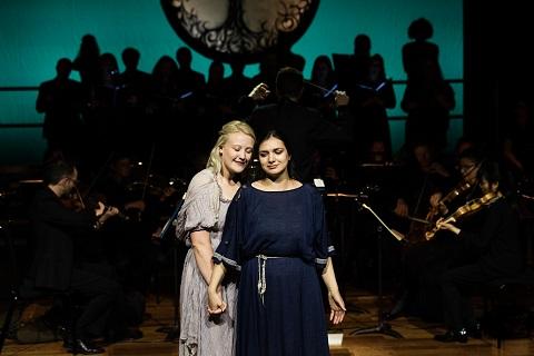 Kiandra Howarth (Euridice) and Lena Belkina (Orfeo).jpg