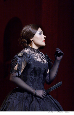 Ailyn Pérez as Violetta [Photo © ROH 2011 / Catherine Ashmore]