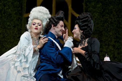 La Cour de Celimene Wexford Festival Opera - La Comtesse_La Baronne_Le Commandeur.png