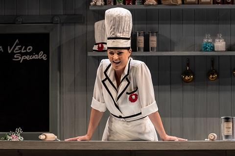 Máire Flavin in La cucina.jpg