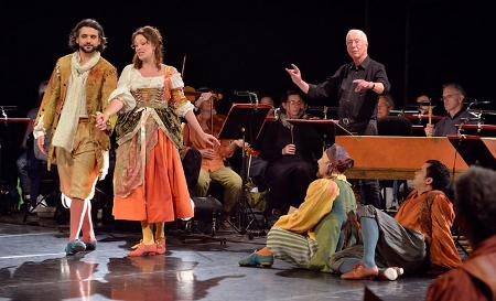 Scene from Maître à danser [Photo © Philippe Deival]