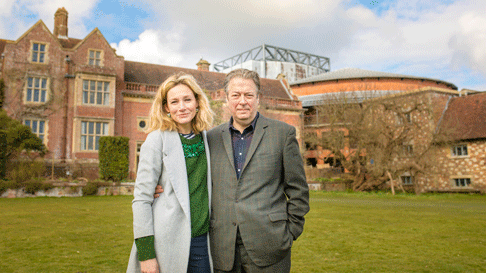 Nancy-Carroll-and-Roger-Allam-at-Glyndebourne-©-Piers-Foley.png