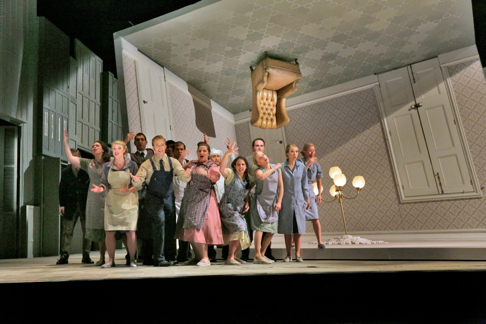Production by Laurent Pelly, set design by Chantal Thomas [Photo by Ken Howard courtesy of Santa Fe Opera]