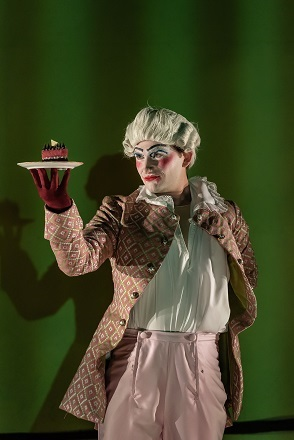Patrick Terry as Serafino.jpg