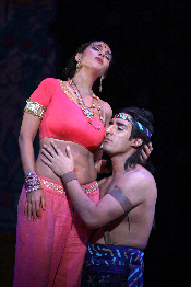 Norah Amsellem as Leila and Charles Castronovo as Nadir in Washington National Opera's The Pearl Fishers (2008). Credit: Karin Cooper.