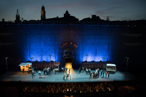 Photo 1 Rigoletto_Macerata_2019_K1A7712_Foto_Zanconi.png