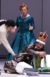 David DQ Lee (Radamisto), Inga Kalna (Polissena) and Florian Boesch (Tiridate) [May 2007] Photo © Karl Forster/Hamburg Staatsoper.