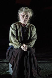 Patricia Bardon as Maurya [Photo by Clive Barda courtesy of English National Opera]