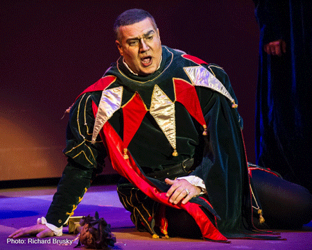 Michael Chioldi as Rigoletto [Photo by Richard Brusky]