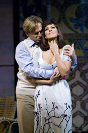 Misha Didyk (Ruggero) and Angela Gheorghiu (Magda de Civry) [Photo: Terrence McCarthy)